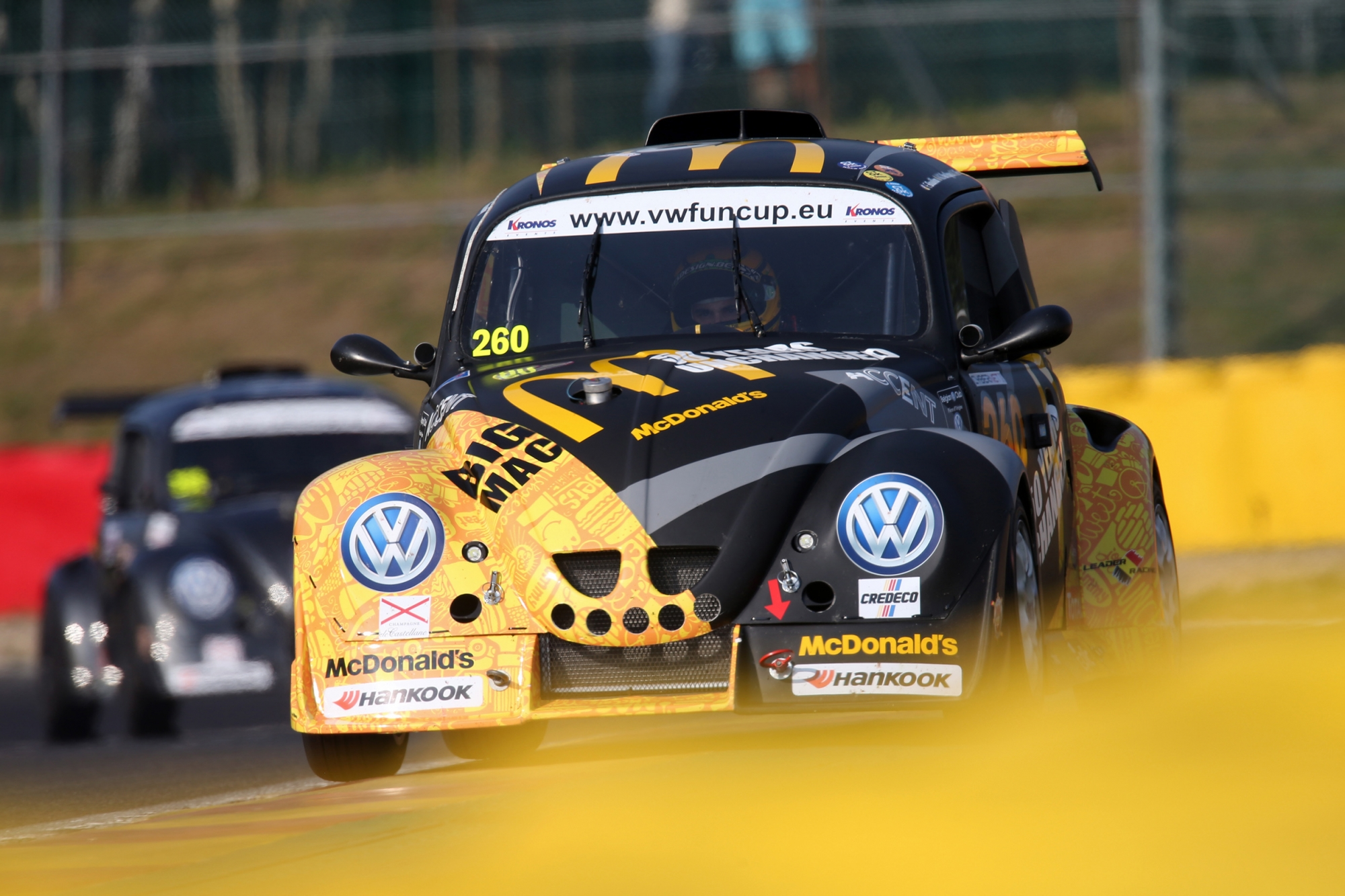 image 1 - La #277 Allure Team en pole position des 25 Hours VW Fun Cup