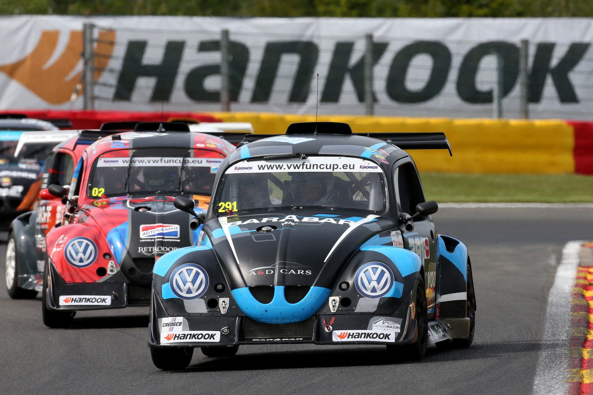 image 2 - Marino Franchitti aan de start van de Hankook 25 Hours VW Fun Cup!