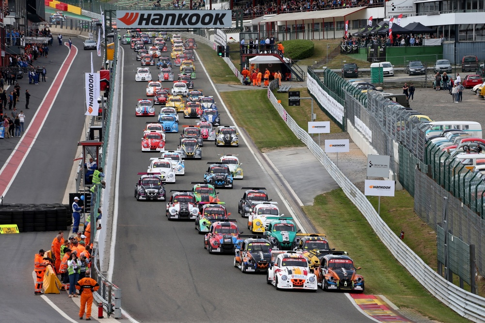 The longest race in the world with 130 cars on the starting grid