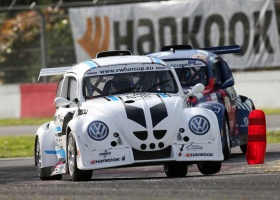 Kronos Events onthult de affiche van de Hankook 25 Hours VW Fun Cup!