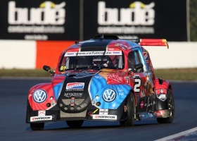 Salon de l'Auto : 9 chances de gagner un codrive pendant une course de l'European VW Fun Cup!